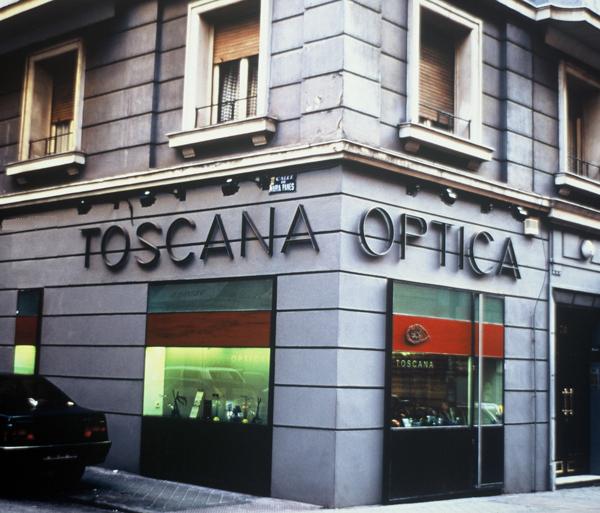 1998 Óptica Toscana