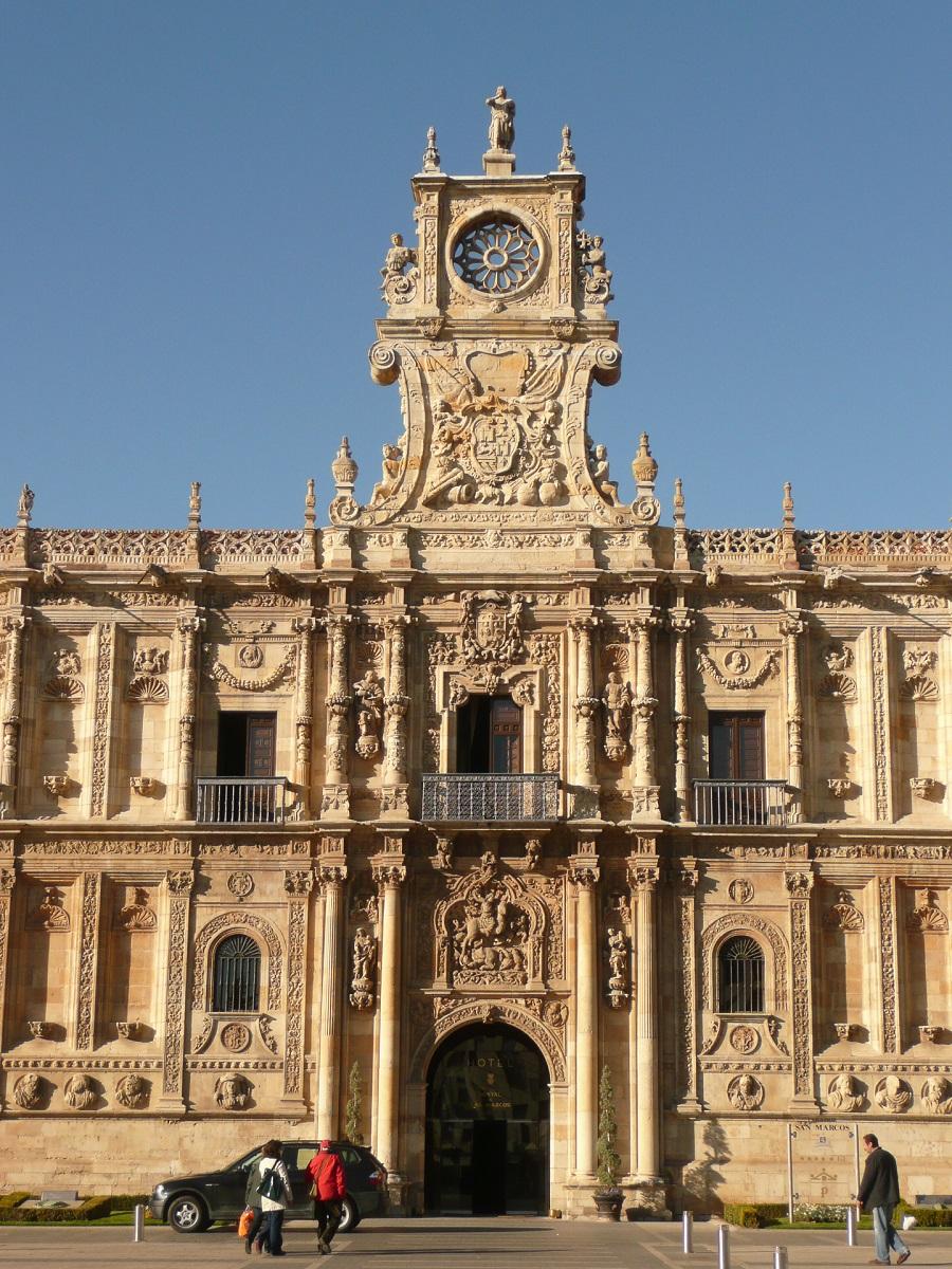 PARADOR_DE_LEON_Maroto_Ibañez_arquitectos01 - copia